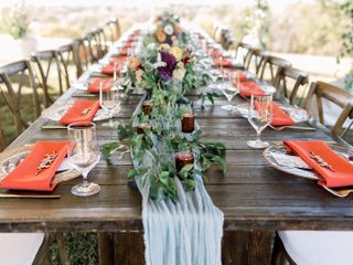 Hitched Planning + Floral 3
