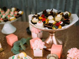 Honey Moon Sweets Bakery 3