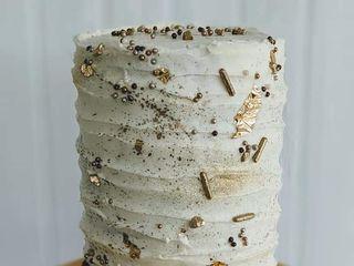 Wade Cakes and Weddings, LLC 2