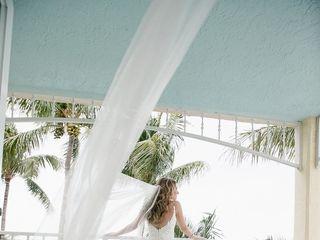 Ocean Key Resort & Spa 4