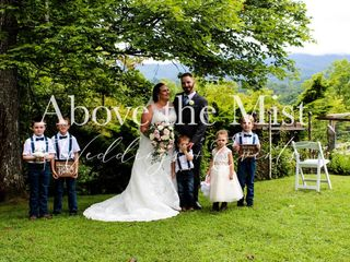 Above The Mist Wedding Services 2