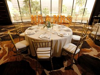 A&R Chiavari Chairs 2