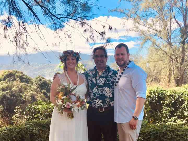 The wedding of Michelle and Hawaiian Wedding Minister Kauai 2