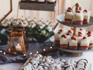 Mainely Wedding Cakes LLC 4