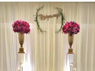 Roseraie Floral Design 2