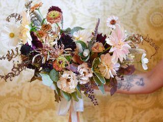 Laurel Creek Florals 4
