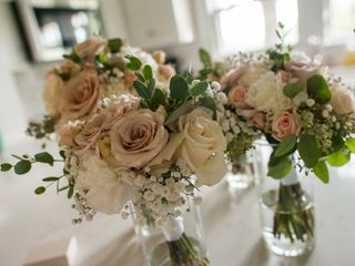 Dish GardenArt Flowers & Events 3