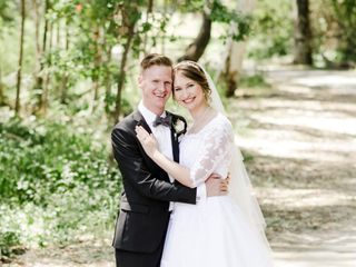 Elegant Lace Bridal 1