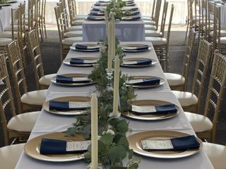 $4 Gold Chiavari Chair Rentals 1