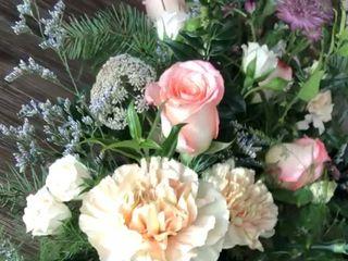 Embie Floral Design 2