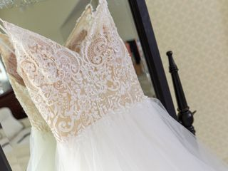 The Dress Lounge Bridal & Prom Boutique 5