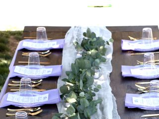 Amy's Shabby Chic Event Rentals 4
