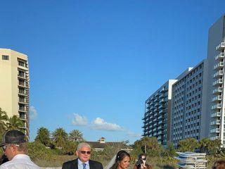 Hilton Marco Island Beach Resort and Spa 4