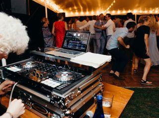 Stylus DJ Entertainment 2