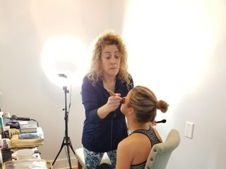 Maria Teresa- On Location Hair and Make Up Artist 4
