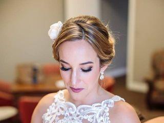 Grace Young PRO Makeup Artist 4