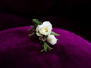 Artistic Blossoms Floral Design Studio 4