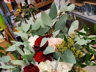 Bloomingdays Flower Shop 4