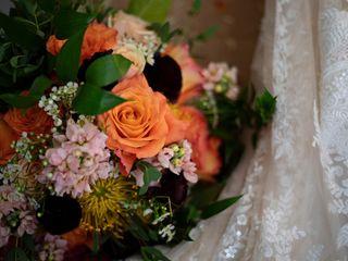 Pondeleks Florist & Gifts 4