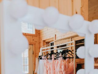 Dream Day Dressing Rooms 1