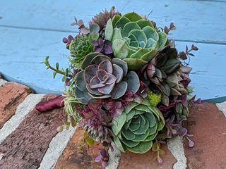 Dream Designs Florist and Wedding Boutique 1