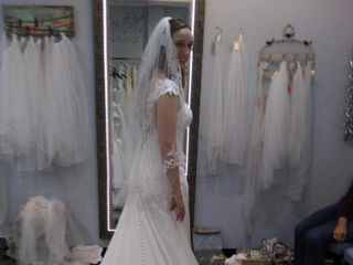 Marianne's Bridal Outlet 1