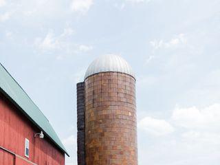 The Olde Farmhouse Barn 1