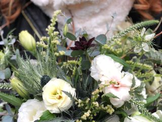 Villanelle Floral Company 6
