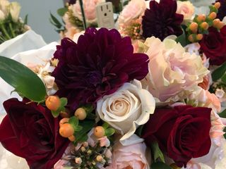 Floral Designs By Roni 4