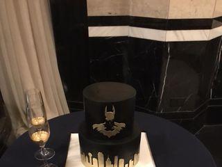 Thirsty Cupcake Custom Cakes 2