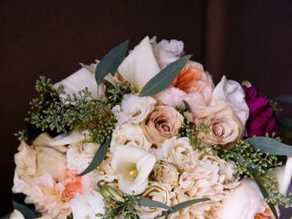 Petal's Edge Floral Design 1