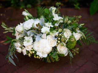 Sophisticated Floral Designs {Weddings + Events} 6