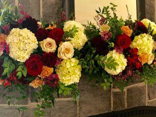 Valentina's Floral Design 3