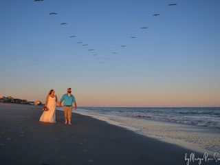 Beachpeople Weddings & Photograph 3