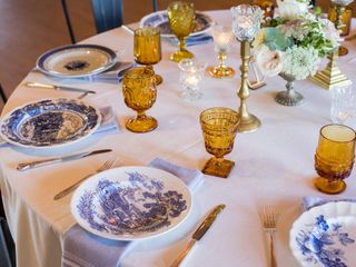 Southern Vintage Table 2
