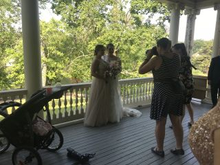 Ashleigh Taylor Bridal & Beauty 1