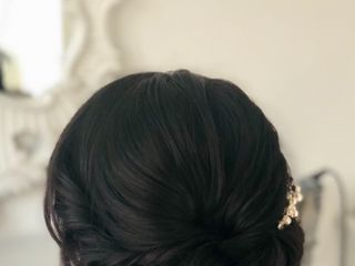 Soreya Hair | Make-up Artist 4