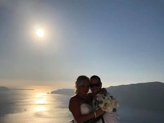 Santorini Wedding DJ 3