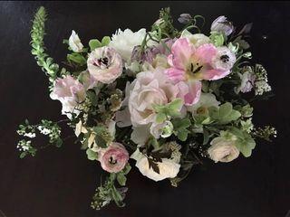 Simply Beautiful Flowers 1