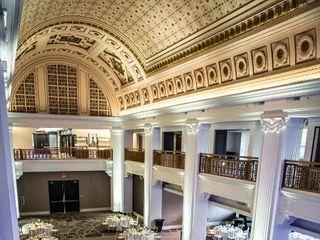 Renaissance Cincinnati Downtown Hotel 1