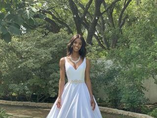 LUX Beauty & Bridal 5