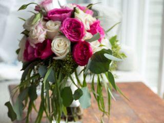 Keepsakes Florist 6