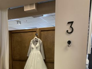 Donna Salyers' Fabulous-Bridal 2