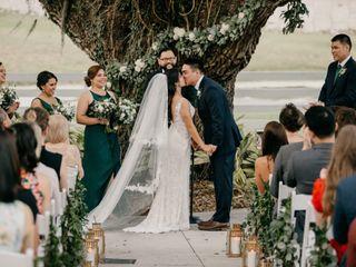Shaina DeCiryan Lifestyle + Wedding Photography 1
