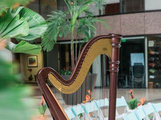 Harpist Kristen Elizabeth 4