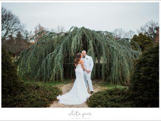 White Pear Photography Studios Inc 1