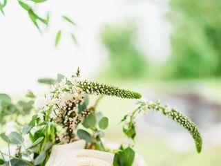 Riverstone Florals & Design 4