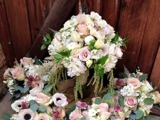 Sweet Pea Floral Creations 7