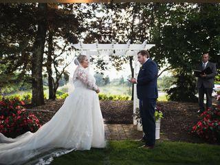 Award Winning Officiant & Wedding Planning Consultant 3