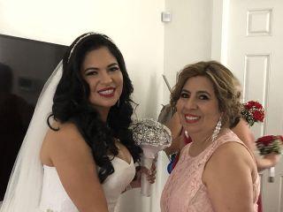 Karla Lola - Makeup Artist & Hairstylist 6